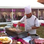 cuisinier-brochettes-atelier-culinaire
