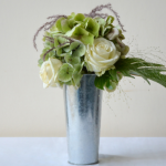 compositions-florales-bouquet-roses-blanches-hortensia